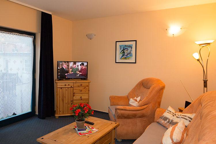 hotel pension wolgast spitzenh rnbucht. Black Bedroom Furniture Sets. Home Design Ideas